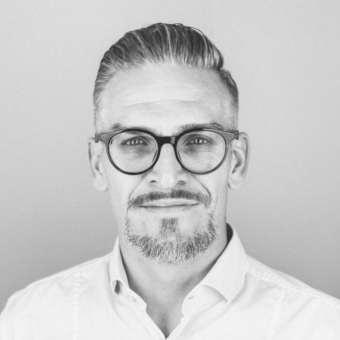 Simon_Federle_Senior_Communications_Manager